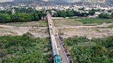 Brücke verbindet Kolumbien und Venezuela