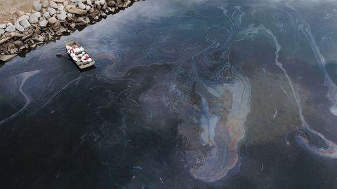 Luftaufnahme zeigt Ölteppich