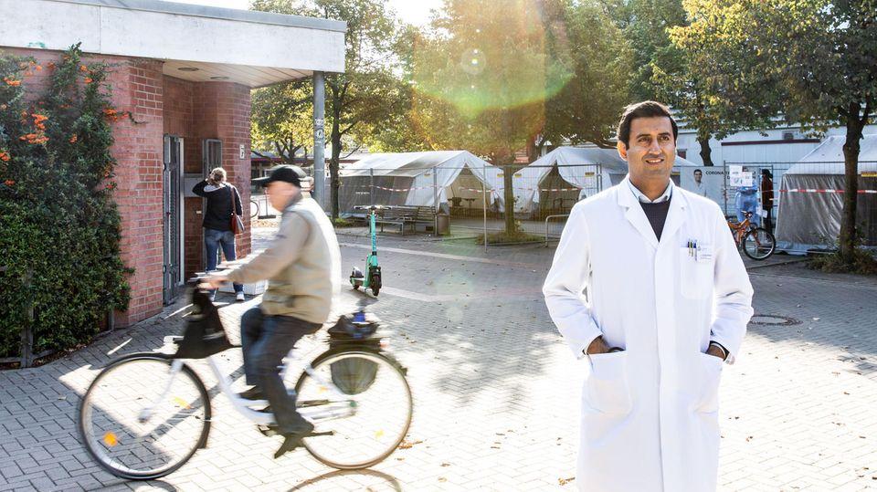 Dr. Whajat Waraich