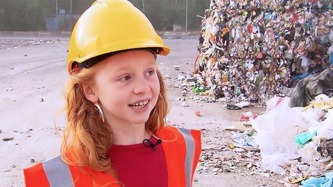 Kinderreporterin Nala besucht eine Müllsortieranlage