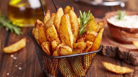 Schnelles Rezept: Knusprige Kartoffelspalten