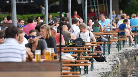 Tabakkonsum: Ausgequalmt: Ist Deutschland bereit für ein Rauchverbot in der Außengastronomie?