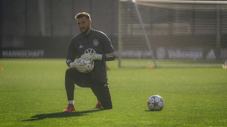 Daniel Heuer Fernandes HSV Germany training