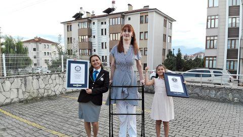 Rumeysa Gelgi, die größte Frau der Welt
