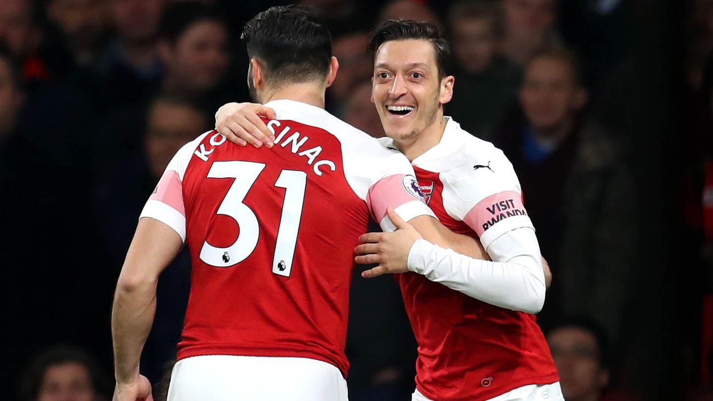 Mesut Özil Sead Kolasinac FC Arsenal
