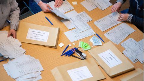Auszählung Stimmzettel