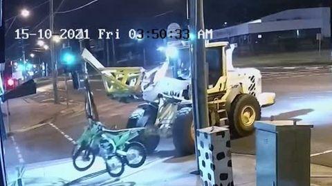 Dreister Motorrad-Klau artet in wilde Verfolgungsjagd aus