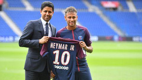 Nasser Al-Khelaifi mit Fußballstar Neymar