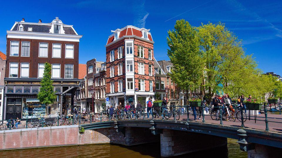 Bei Airbnb fällt ein Großteil der Anzeigen in Amsterdam weg.