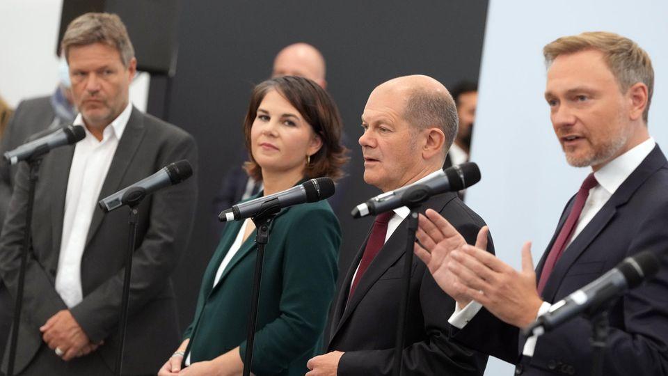 Die Parteispitzen von Bündnis 90/Die Grünen, SPD und FDP