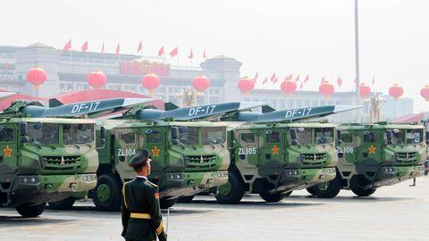Bei einer Militärparade präsentiert China einen Hyperschallgleiter.
