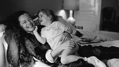 Die Mutter, die dann fehlte: Romy Schneider mit Tochter Sarah in ihrer Pariser Wohnung 1981