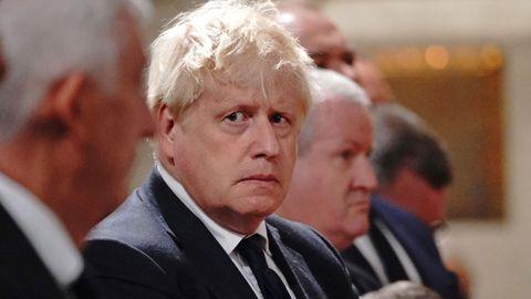 Boris Johnson, Premierminister von Großbritannien, will Plan B in der Corona-Pandemie zunächst in der Schublade behalten.