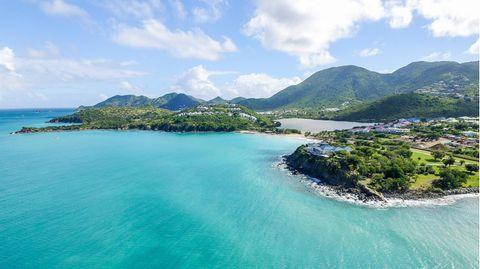 Der Norden der Insel ist Teil des französischen Überseegebiets Saint Martin, während der Süden, hier zu sehen, zum autonomen Land Sint Maarten des Königreichs der Niederlande gehört