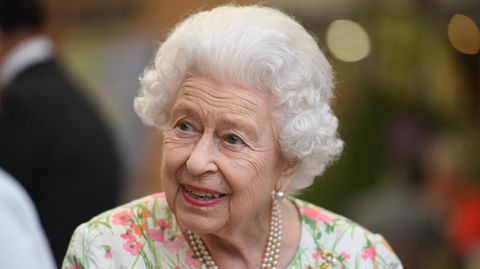 Auf dem Königsweg: Sorgen um die Queen: Das Alter nagt an Elizabeth