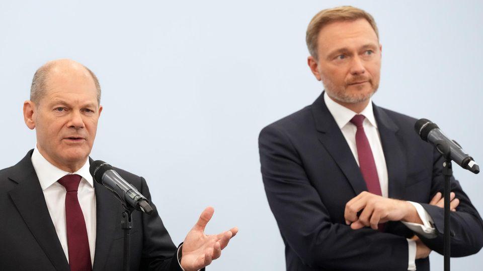 SPD-Kanzlerkandidat Olaf Scholz (l.) und FDP-Parteichef Christian Lindner