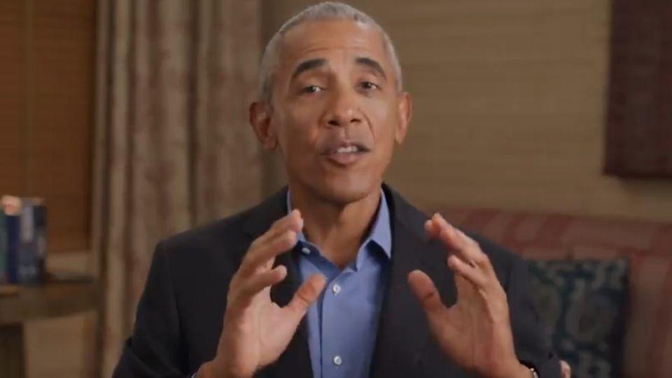 Der ehemalige US-Präsident Barack Obama lobt Noch-Bundeskanzlerin Angela Merkel in einer Videobotschaft