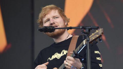 Ed Sheeran bei einem Konzert auf dem Malmi-Flughafen