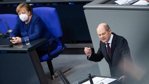 Noch-Bundesfinanzminister Olaf Scholz (SPD) und Noch-Bundeskanzlerin Angela Merkel (CDU)