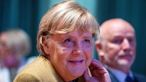 Angela Merkel bei einem Stadtempfang in Greifswald