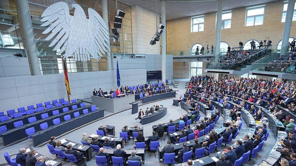 Der neue Deutsche Bundestag bei seinerkonstituierenden Sitzung