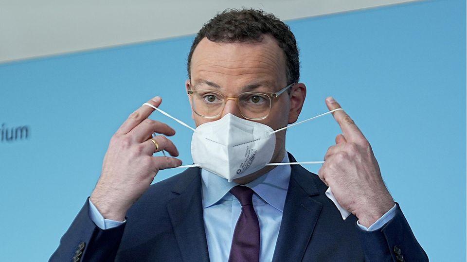 Jens Spahn will die epidemische Notlage auslaufen lassen – Schutzmaßnahmen muss es aber weiter geben.