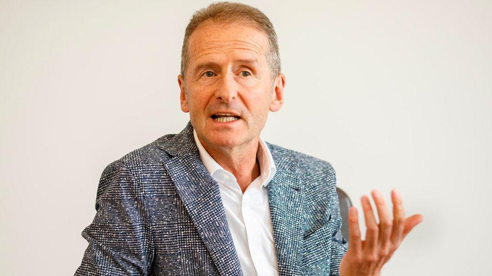 VW-Chef Herbert Diess will den Autobauer mit Schwung in die Elektroäraführen