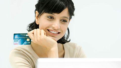Entspannt im Netz einkaufen - ohne böse Kostenfallen? Die neue EU-Richtlinie soll dafür sorgen