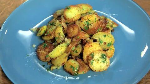 Kochen mit Tim Mälzer: Das ultimative Bratkartoffel-Rezept