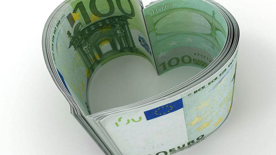 In weniger als einer Woche kamen fast 4700 Euro zusammen. Eine Person spendete 1200 Euro für die Berliner Lehrerin.