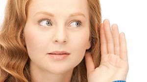 Tinnitus entsteht durch Lernprozesse im Gehirn. Die Fehlverarbeitung der Hörimpulse lässt sich oft korrigieren.