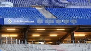 Die Null muss stehen - auch bei der Stadionuhr    Die große Uhr im Volksparkstadion zeigt die Dauer der Bundesliga-Zugehörigkeit an. Die Fans der übrigen Bundesligisten hätten nichts dagegen, wenn sie mal wieder auf Null gestellt wird.