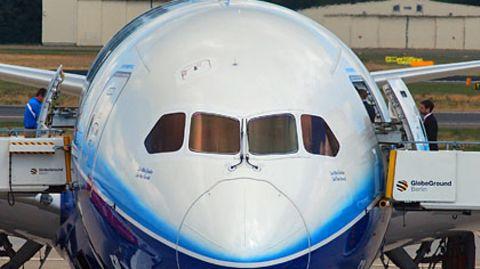 Boeings Dreamliner in Berlin: Pannen, Versprecher und Currywurst