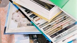 Dutzende Anbieter bewerben Fotobücher. Doch wo es sich zu drucken lohnt, verrät Stiftung Warentest.