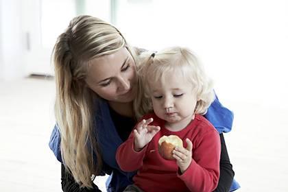 Reiche allein erziehende Mütter