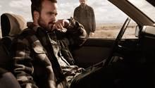 """""""Breaking Bad""""  Der krebskranke Chemielehrer Walter White (Bryan Cranston, der auch als bester Hauptdarsteller in einer Drama-Serie ausgezeichnet wurde) sattelt auf Meth-Produktion um, damit seine Familie nach seinem Tod versorgt ist und wird immer tiefer in den Drogensumpf gezogen. Das großartige Psychogramm eines anständigen Mannes, der zum rücksichtslosen Großkriminellen wird. """"Breaking Bad"""" erhielt wie im Vorjahr den Emmy als beste Dramaserie.  Geeignet für: Menschen, die Serien mögen, die im kriminellen Milieu spielen. Und für Fans von Bryan Cranston.  Wo kann ich das sehen? RTL Nitro zeigt die aktuellen Staffeln."""
