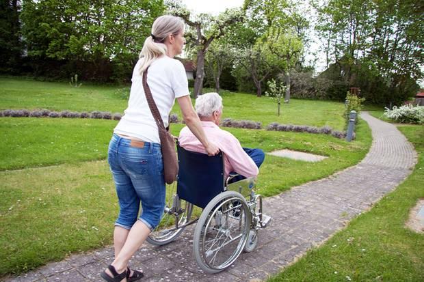 Wer sich für den Pflegefall absichern will, muss privat vorsorgen