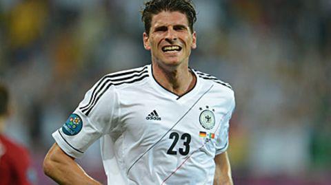 Fußball-EM 2012: Gomez schießt Deutschland zum Auftaktsieg