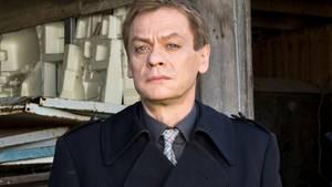 """Im neuen Magdeburger """"Polizeiruf 110"""" spielt Sylvester Groth den wortkargen Hauptkommsissar Jochen Drexler"""