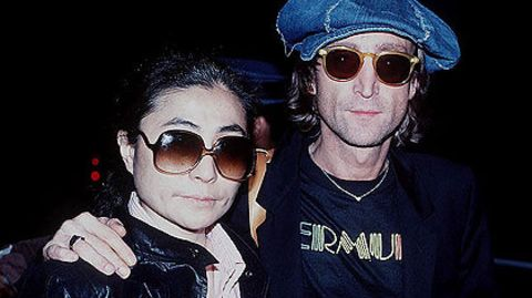 John Lennon mit seiner Frau Yoko Ono