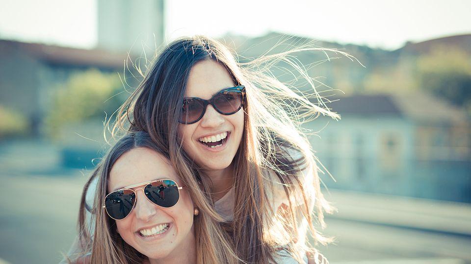 Zusammen lachen - ganz wichtig für eine Freundschaft