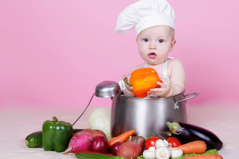 Kinder, ab in die Küche!: Zehn Tipps, wie man Kinder zum Kochen bringt