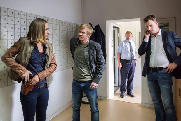 """Die Erfurter """"Tatort""""-Kommissare Johanna Grewel (Alina Levshin), Maik Schaffert (Benjamin Kramme) und Henry Funck (Friedrich Mücke) jagen einen entlaufenen Sträfling"""