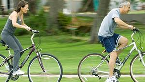 Radfahren hält fit: Wer seinem Körper regelmäßig Bewegung gönnt, kann auf ein längeres Leben hoffen.