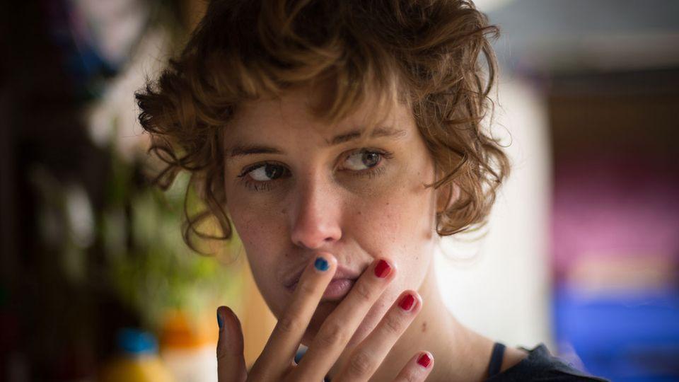 """Die 27-jährige Schweizerin Carla Juri könnte kurz vor dem Sprung zu einer großen Karriere stehen. Sie spielt die Hauptrolle in der Verfilmung von """"Feuchtgebiete""""."""