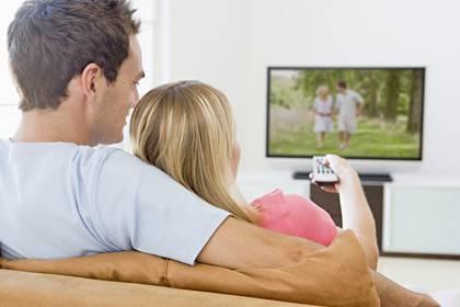 Mindestens 900 Euro sind fällig, wenn der Fernseher bereits in den Standardeinstellungen gut sein soll