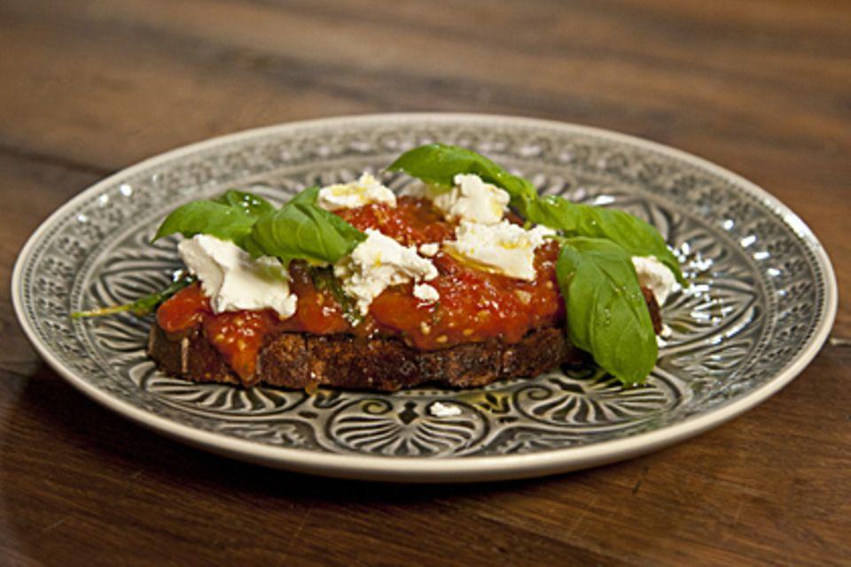 Die Rezepte: Fenchel-Tomaten-Pasta, Tomatensoße, Tomaten-Brot-Salat