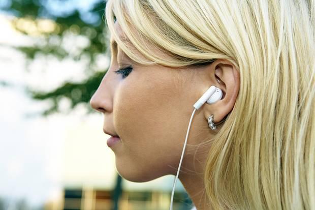 """Diese Kopfhörer testete die Computerzeitschrift """"c't"""" nicht. In vier anderen Modellen fand sie jedoch gleich drei gefährliche Weichmacher auf einmal."""