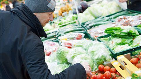 Zur Bio-Tomate greifen oder ist die günstige Industrievarianten ebenso gut? Die Angaben auf der Packung sind nicht immer eindeutig.