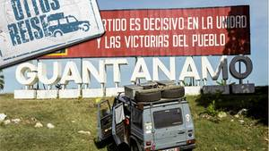 Otto auf Kuba an der Grenze zur Guantanamo Bay Naval Base des US-Militärs.